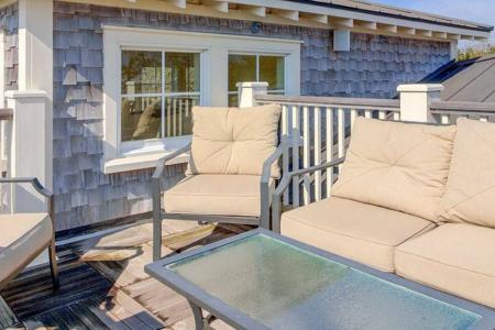 rooftop-deck