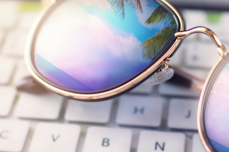 beach-sunglasses-laptop